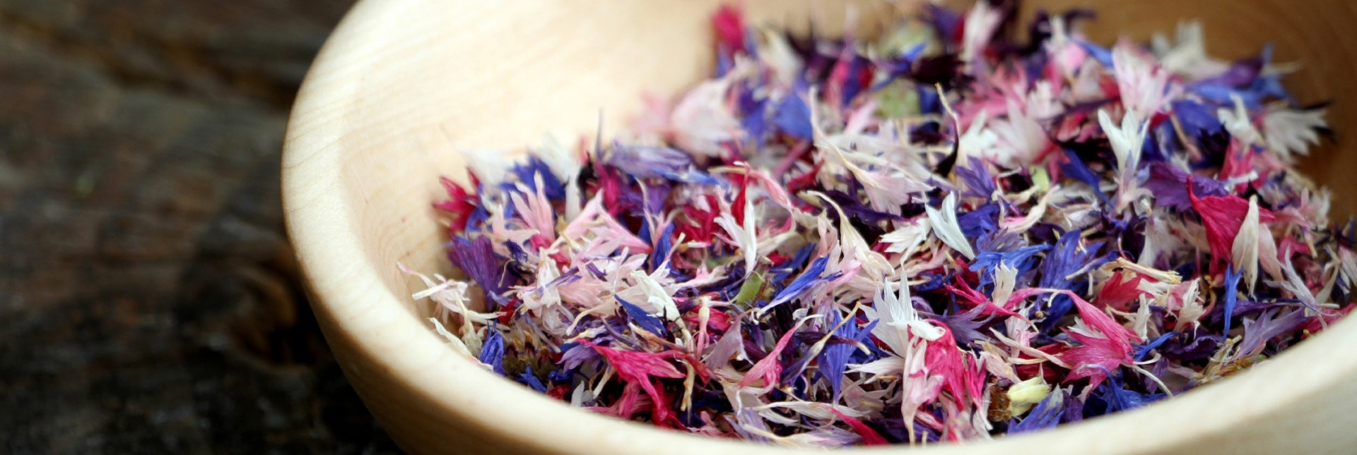 How to Eat Edible Flowers